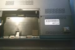 Laptop Klappe mit Festplatte HDD